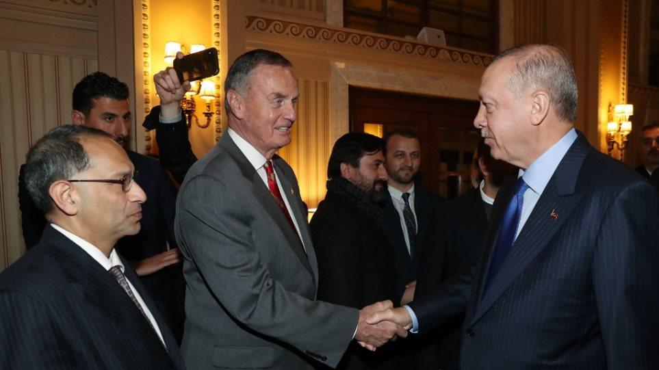 Επίσκεψη Ερντογάν στην Ουάσινγκτον: Οι Δημοκρατικοί ζητούν από τον Τραμπ να «στριμώξει» τον Τούρκο πρόεδρο!