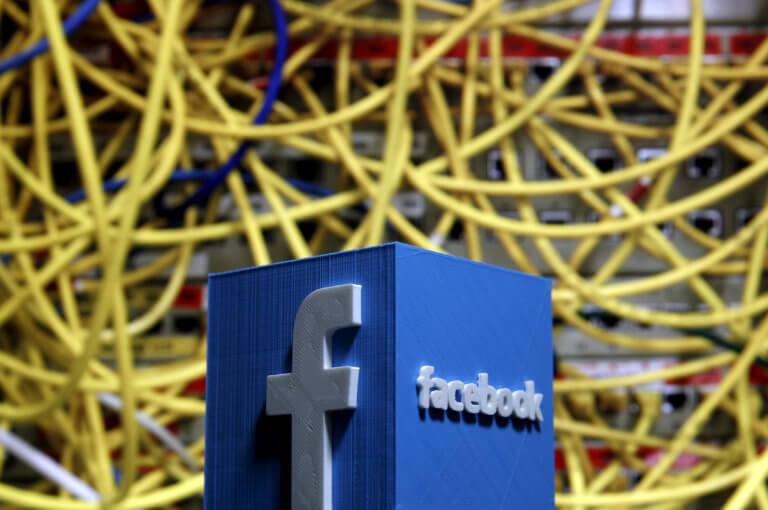 """Παραμένουν """"κάτω"""" Facebook, Instagram και WhatsApp – Σε ποιες χώρες υπάρχει πρόβλημα"""
