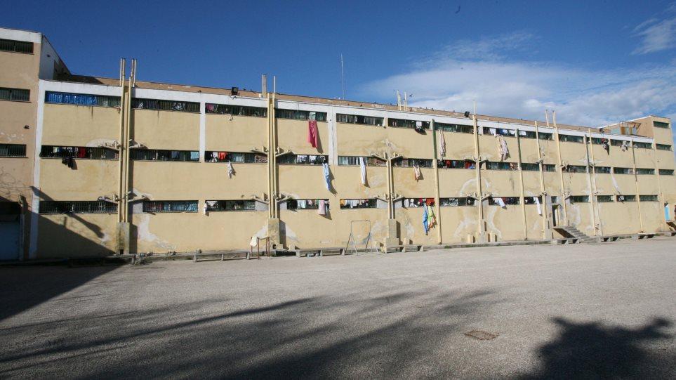 ΑΠΟΚΛΕΙΣΤΙΚΟ!  ΣΟΚ στις Φυλακές Αυλώνα: Κρατούμενος επιτέθηκε με μαχαίρι και τραυμάτισε σωφρονιστικό υπάλληλο!