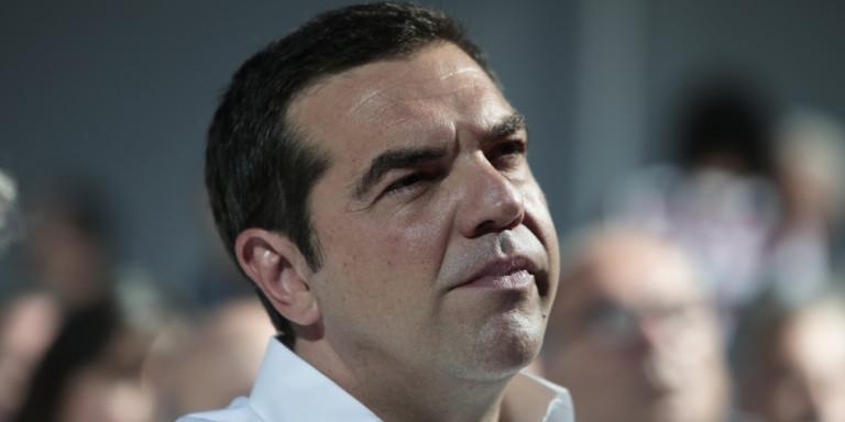 «Οταν χλώμιασε ο Τσίπρας» -Οι Financial Times γράφουν για την «κωλοτούμπα» (φωτο)