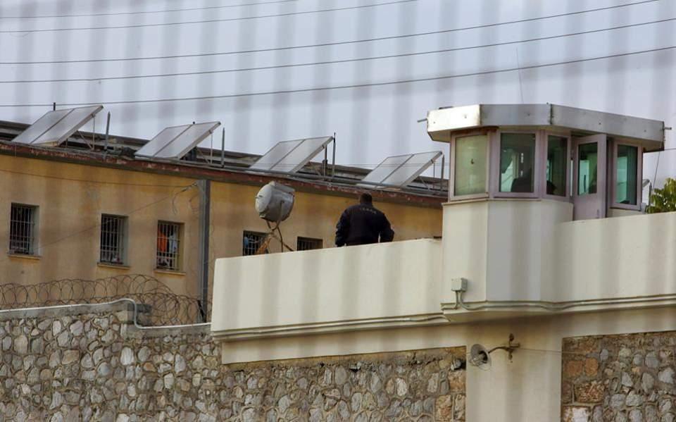 EKTAKTO – XAMOΣ στις φυλακές ΚΟΡΥΔΑΛΛΟΥ! ΕΞΕΓΕΡΣΗ κρατουμένων! Πέφτει πολύ ΞΥΛΟ! – ΣΥΝΕΧΗΣ ΕΝΗΜΕΡΩΣΗ