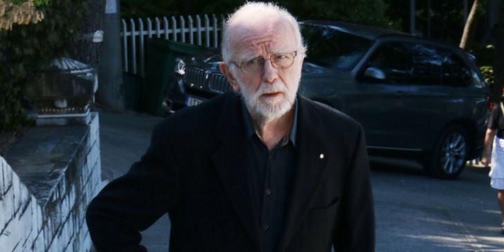 Πέθανε ο σπουδαίος Έλληνας σχεδιαστής μόδας Γιάννης Τσεκλένης