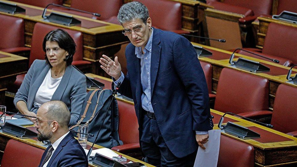 Γιαννούλης (ΣΥΡΙΖΑ): «Ποινικά κολάσιμος σαδισμός» να ψήνεις χοιρινό δίπλα σε δομές μεταναστών! (ΒΙΝΤΕΟ)