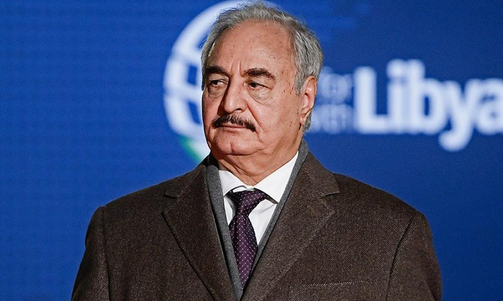 Λιβύη: Έκλεισε τη στρόφιγγα του πετρελαίου ο Χαφτάρ – Κλιμακώνει τις πιέσεις ενόψει Βερολίνου!
