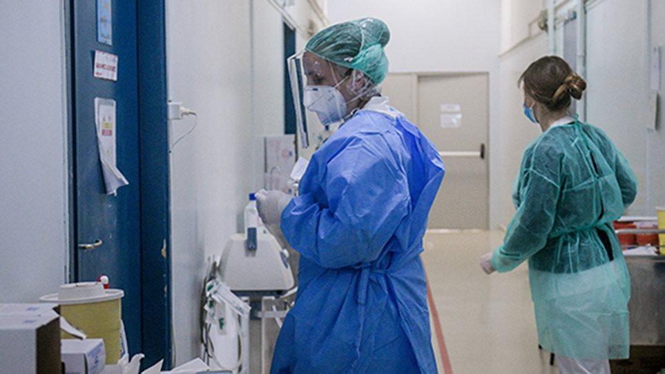 Κορωνοϊός: Ανησυχία από τις εισαγωγές στα νοσοκομεία – Με μάσκα από σήμερα όλοι στα σούπερ μάρκετ!