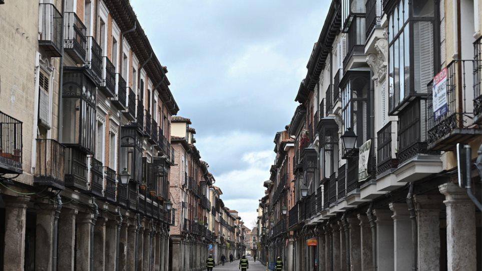 Κορωνοϊός στην Ισπανία: Σχεδόν 1.000 επιπλέον κρούσματα μέσα σε 24 ώρες!