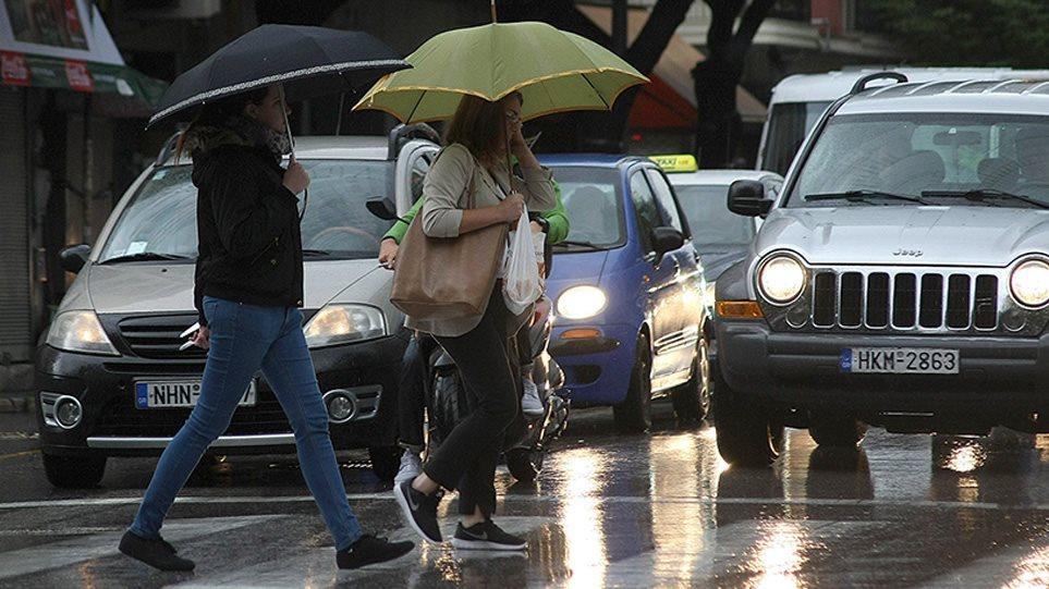 Καιρός – Έκτακτο δελτίο καιρού: Καταιγίδες, χαλάζι και θυελλώδεις άνεμοι από αύριο το απόγευμα