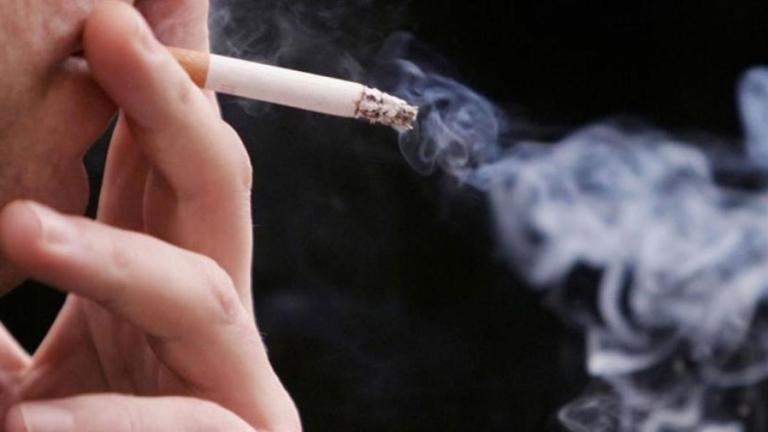 «Για 10 χρόνια κάπνιζα τρία πακέτα των 25 τσιγάρων τη μέρα! Το έκοψα πριν τρία χρόνια» (ΒΙΝΤΕΟ)