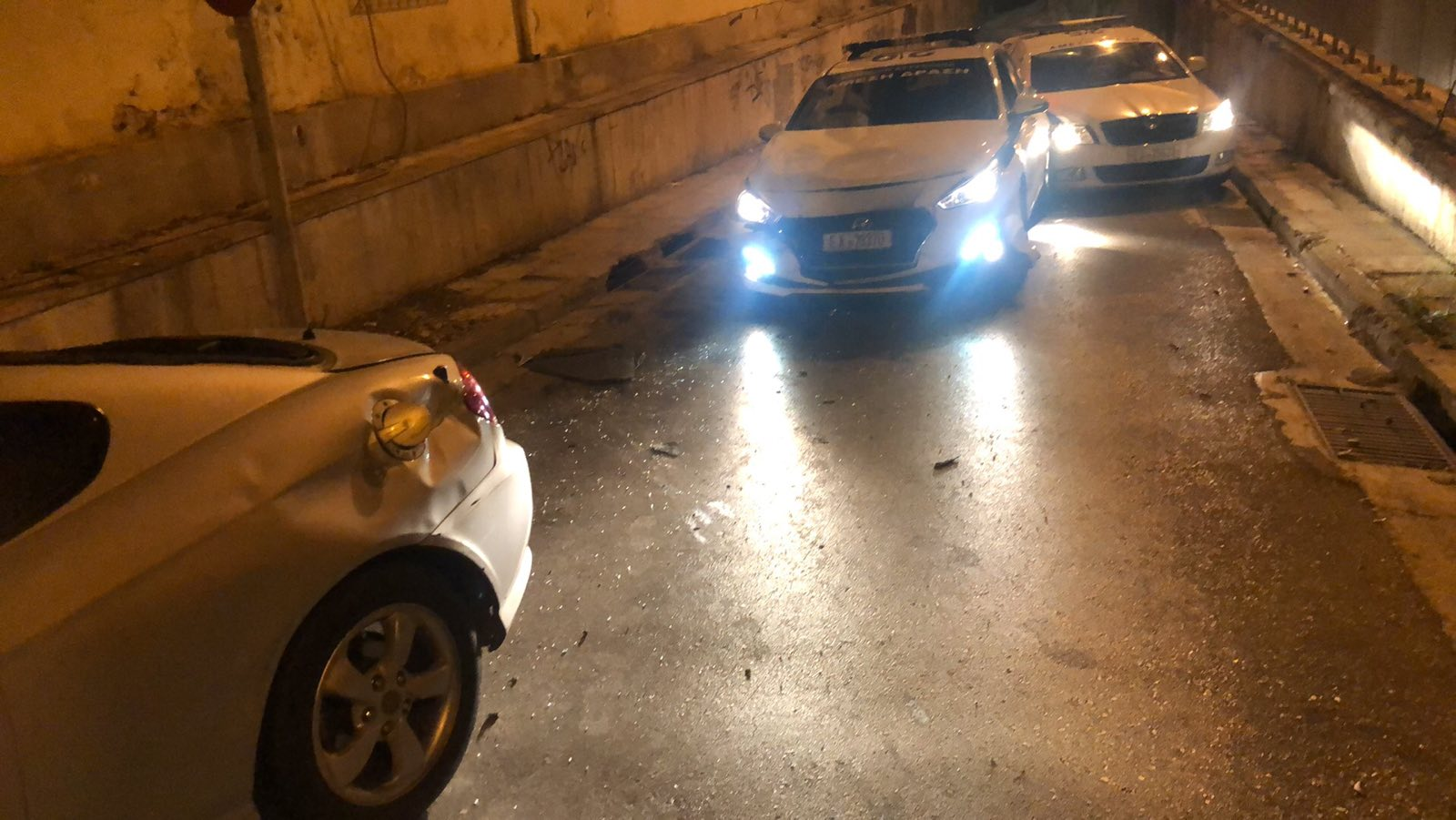 Επεισοδιακή καταδίωξη με τέσσερις συλλήψεις και τραυματίες τα ξημερώματα στο Νέο Κόσμο!