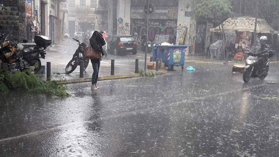 Καιρός: Έρχονται ισχυρές καταιγίδες στην Αθήνα – Οι πιο «επικίνδυνες» ώρες