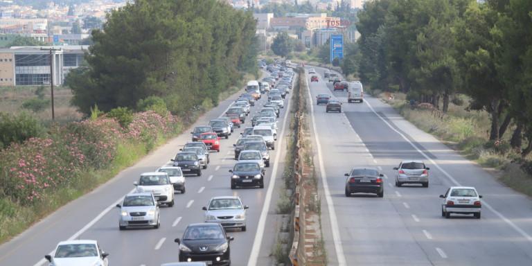 Κορωνοϊός: Συρρέουν στη Χαλκιδική Θεσσαλονικείς, ψωνίζουν, κάνουν βόλτες -Εκκληση Περιφέρειας
