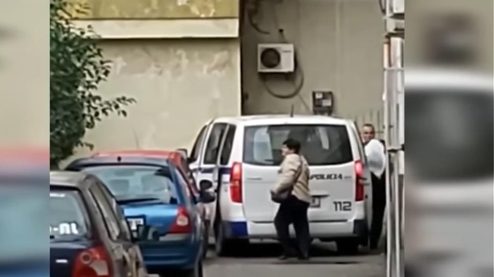 Βίντεο-σοκ: Αστυνομικός διοικητής κλέβει την ανθρωπιστική βοήθεια για τον σεισμό στην Αλβανία! ΕΛΕΟΣ!