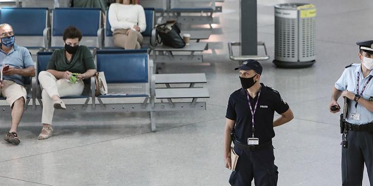 Κορωνοϊός: 5 θετικά δείγματα σε ταξιδιώτες -Συναγερμός για Σουηδέζα θετική στον ιό που έκανε βόλτες στην Αθήνα!