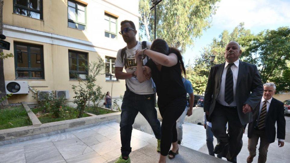 Ανατριχιαστικές περιγραφές στη δίκη για το έγκλημα στο Κορωπί που είχε συγκλονίσει το Πανελλήνιο: «Μην σκοτώνεις τη μαμά μας» φώναζαν τα παιδιά!