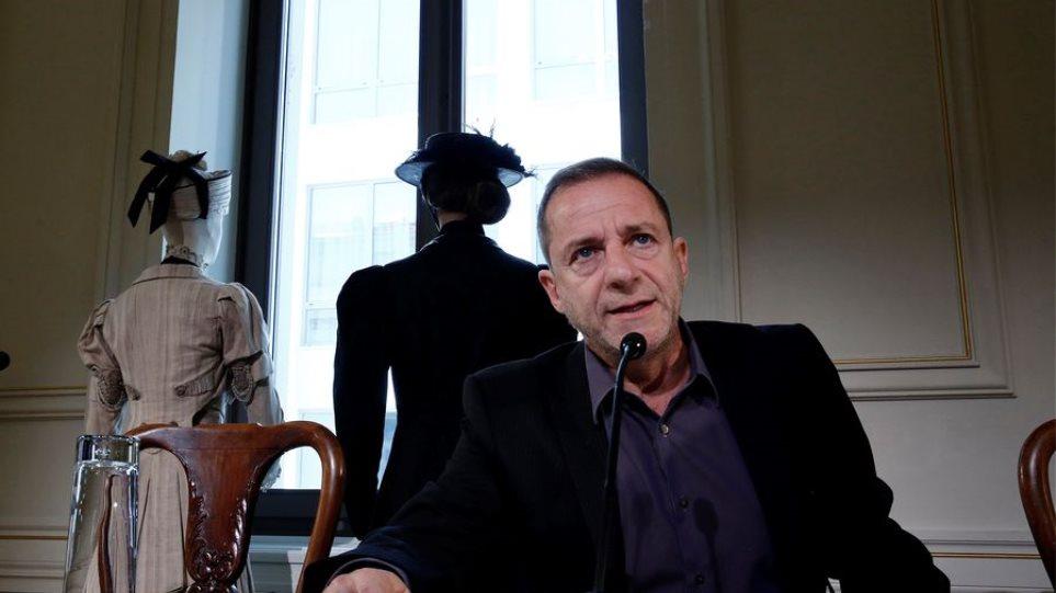 «Είχε κατέβει ο κ. Λιγνάδης μέσα στα αίματα, πισώπλατα μαχαιρωμένος», λέει γειτόνισσά του! (ΒΙΝΤΕΟ)