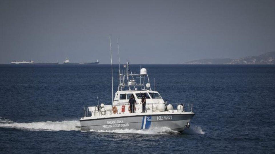 Κρήτη: Συναγερμός στο λιμενικό για ύποπτο πλοίο με όπλα από τη Λιβύη – Βρέθηκε καθαρό!