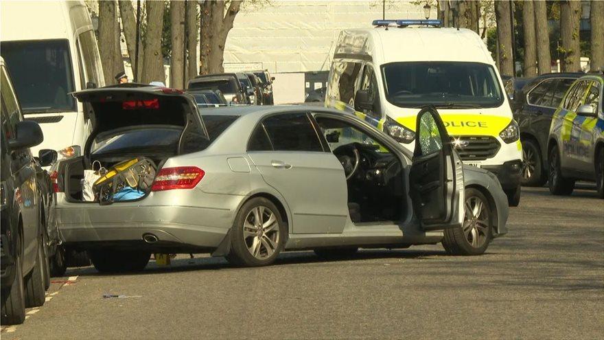 Συναγερμός στο Λονδίνο: Αυτοκίνητο εμβόλισε σκόπιμα το όχημα της Ουκρανής πρέσβεως