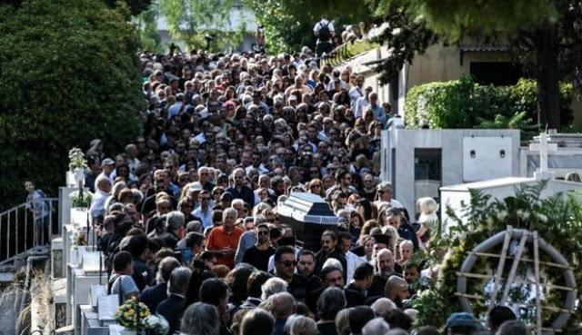 ΓΙΑΤΙ ο κ. Μπακογιάννης δεν παραχώρησε έναν τάφο για τον Λαυρέντη Μαχαιρίτσα;;