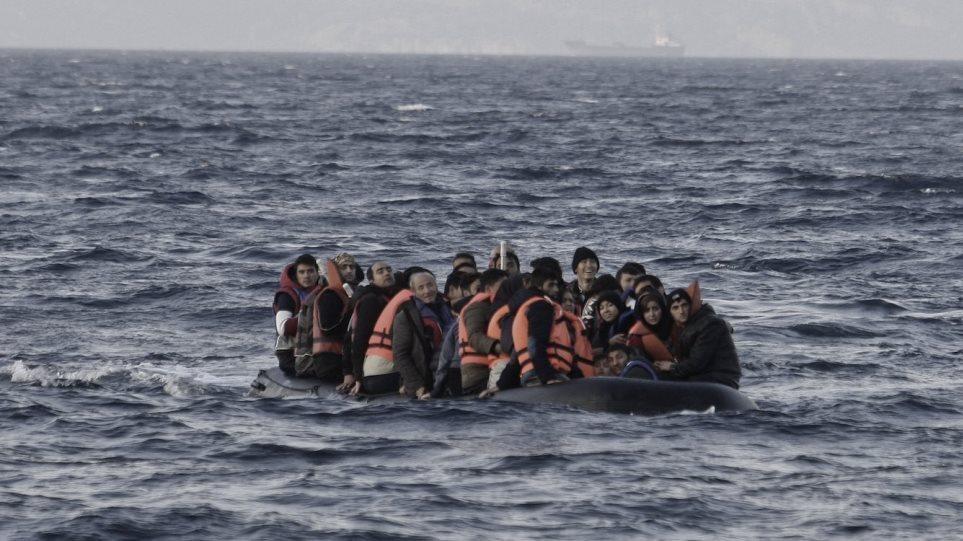 DW: Έξαρση των μεταναστευτικών ροών στην Ιταλία – Ηρεμία στην Ελλάδα