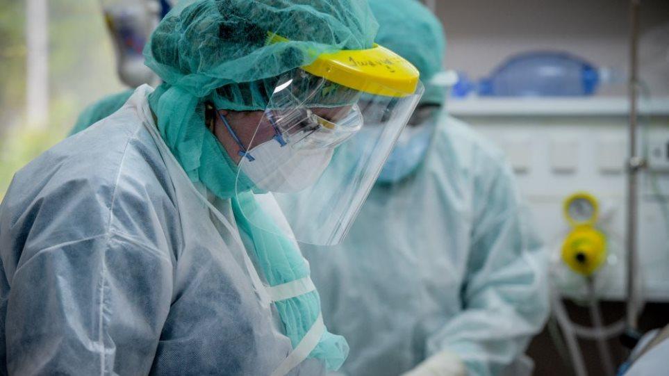 Κρούσματα κορωνοϊού: Τι δείχνει ο «σκληρός» δείκτης των εισαγωγών στα νοσοκομεία