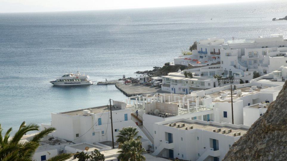ΜΥΚΟΝΟΣ: «Ο παράδεισος του παράλογου πλούτου» – Έξοδα έως και 100.000 ευρώ! (ΒΙΝΤΕΟ)