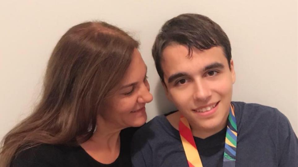 Κορωνοϊός: Το «ευχαριστώ» μίας μητέρας στον πρωθυπουργό επειδή άκουσε την έκκλησή της!
