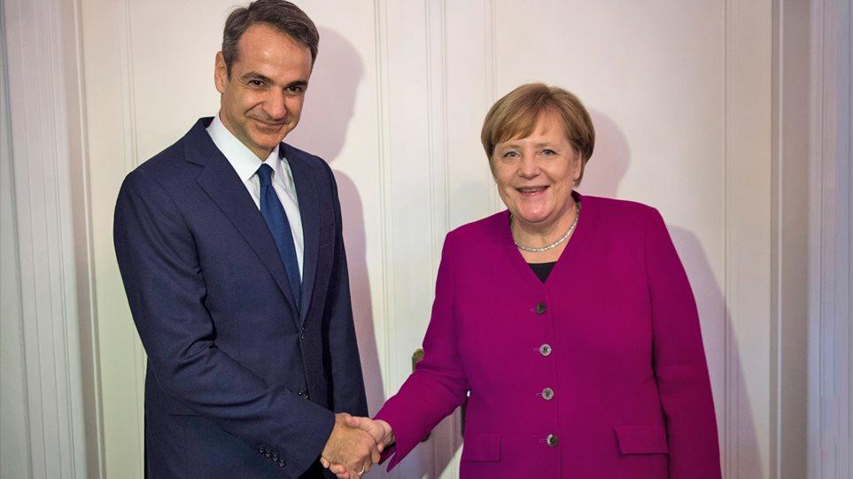 Νέα κυβέρνηση: Πρόσκληση Μέρκελ σε Μητσοτάκη – Στο Βερολίνο ο πρωθυπουργός μετά τις 20 Αυγούστου – Το πρώτο ταξίδι στην Κύπρο