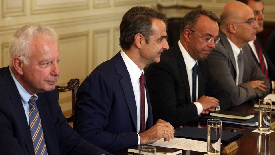 Το πρώτο υπουργικό συμβούλιο στο Μέγαρο Μαξίμου (φωτο)