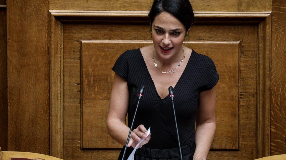 Μιχαηλίδου: Επίδομα τοκετού €2000 για κάθε γέννα από 1η Ιανουαρίου 2020