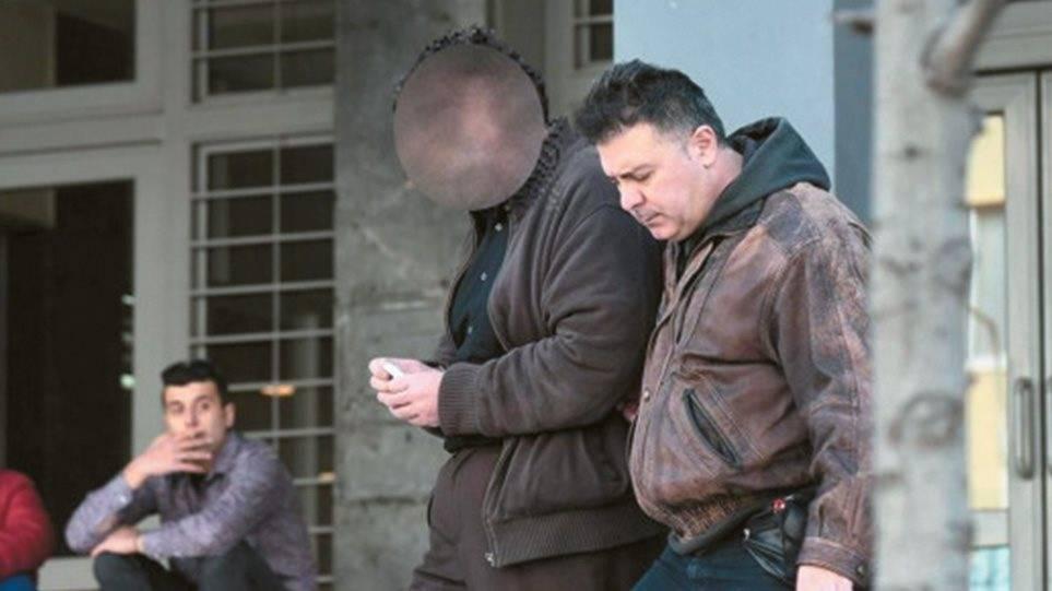 Δυστυχώς…επιβεβαιώθηκε ο Βελόπουλος με τις ανεξέλεγκτες ΜΚΟ: Ανέθεσαν φύλαξη ανηλίκων σε Γάλλο παιδόφιλο! (ΒΙΝΤΕΟ)
