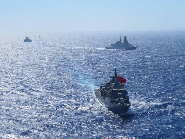 Τρεις νέες προκλητικές NAVTEX από την Τουρκία: Ζητεί αποστρατικοποίηση έξι νησιών!