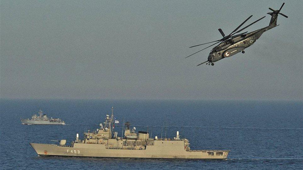 Καστελόριζο-Θερμό επεισόδιο: Τείχος από το Πολεμικό Ναυτικό στο Αιγαίο – Θα βγει το Oruc Reis για έρευνες;