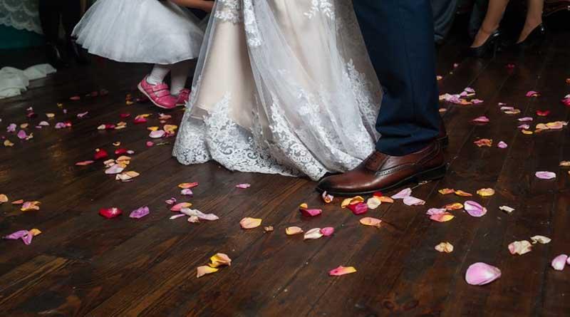 Γαμήλιο γλέντι της συμφοράς! Τα πεθερικά πιάστηκαν στα χέρια – Σε σοκ οι νεόνυμφοι!