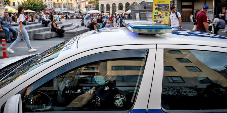Δίωξη Ναρκωτικών: Εντοπίστηκαν 102 κιλά ηρωίνης σε διαμέρισμα στην Αθήνα