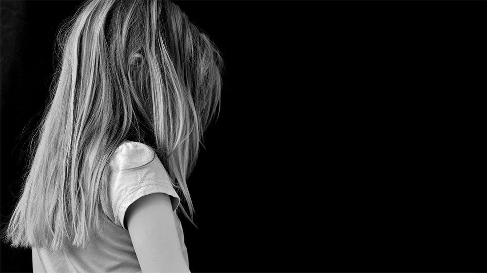 Παιδική πορνογραφία: Σοκάρει η δικογραφία για τον παιδόφιλο «δράκο του Instagram»