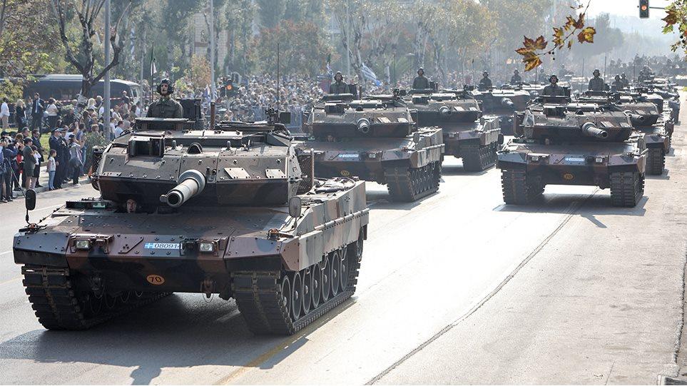 Θεσσαλονίκη: Εντυπωσιακή η στρατιωτική παρέλαση για την 28η Οκτωβρίου (ΦΩΤΟ&ΒΙΝΤΕΟ)