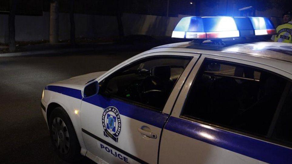 Άγρια νυχτερινή καταδίωξη στην Αθήνα: Αστυνομικοί κυνήγησαν Mercedes με δύο διαρρήκτες! (ΦΩΤΟ)