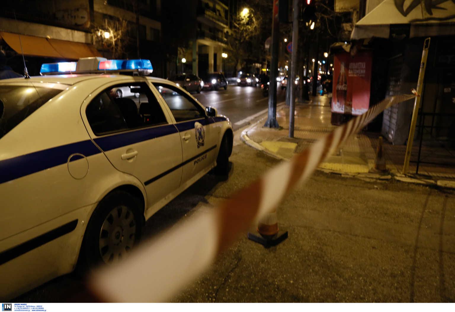 ΕΚΤΑΚΤΟ – Αστυνομικός εκτέλεσε την πρώην σύζυγό του και μια φίλη της έξω από σούπερ μάρκετ στην Κηφισιά!