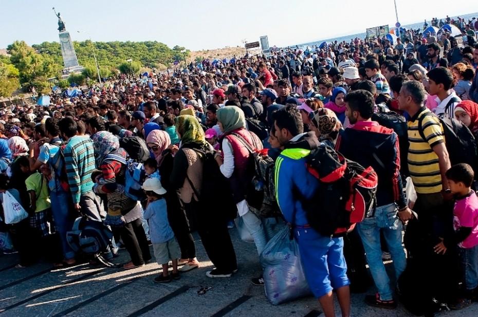 O Κουμουτσάκος απάντησε σε ερώτηση του πατριώτη βουλευτή Αντώνη Μυλωνάκη για το προσφυγικό χάος στη Λέσβο, αλλά «σιγή ιχθύος» για τις 23 Μ.Κ.Ο! Ποιες είναι και τι κάνουν;