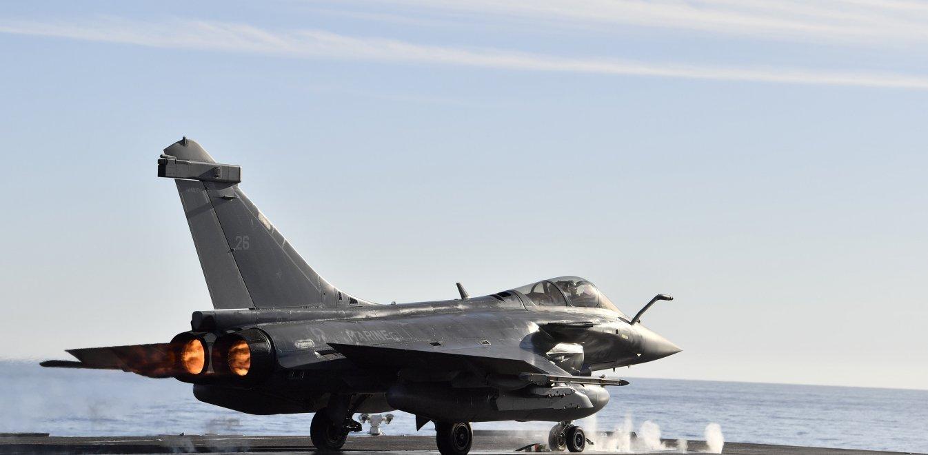 Forbes: Πώς η Ελλάδα θα υπερέχει στρατιωτικά της Τουρκίας σε Αιγαίο και Ανατολική Μεσόγειο