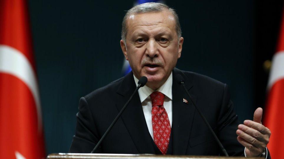 Νέα πρόκληση Ερντογάν για τις γεωτρήσεις: «Θα μας συλλάβετε; Θα γλείφετε μόνο την παλάμη σας»!