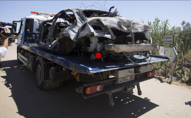 Ο ποδοσφαιρικός κόσμος θρηνεί το χαμό του Χοσέ Αντόνιο Ρέγες! «Σμπαράλια» το αυτοκίνητο του Χοσέ Αντόνιο Ρέγιες! Οι πρώτες εικόνες από τον τόπο του δυστυχήματος (ΒΙΝΤΕΟ)