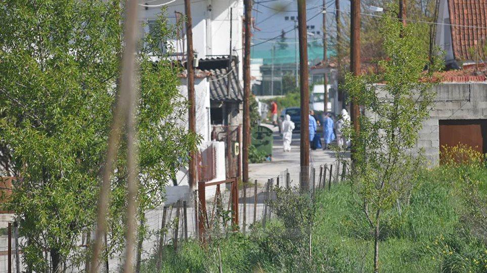 """Χαρδαλιάς και Τσιόδρας στη Λάρισα! """"Εξαιρετικά δύσκολη η κατάσταση στον οικισμό Ν.Σμύρνη"""" – Ξεκίνησαν τα μαζικά τεστ στους Ρομά! Τι λέει ο Δήμαρχος (ΦΩΤΟ&ΒΙΝΤΕΟ)"""