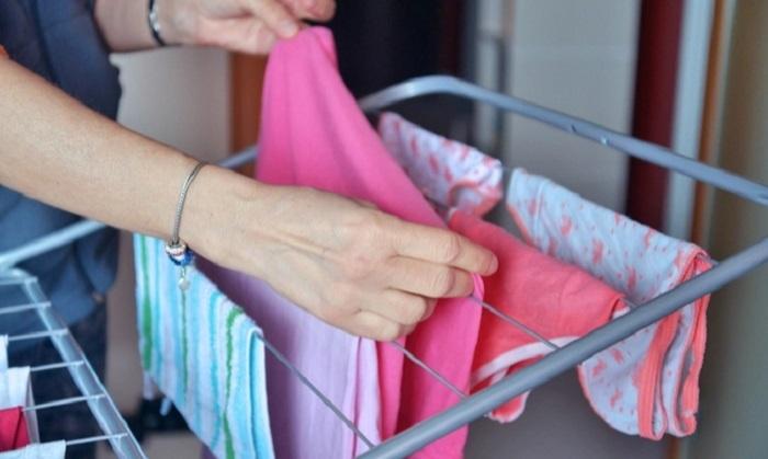 Στέγνωμα ρούχων: Αποφύγετέ το εντός του σπιτιού σας – Δείτε τους κινδύνους…