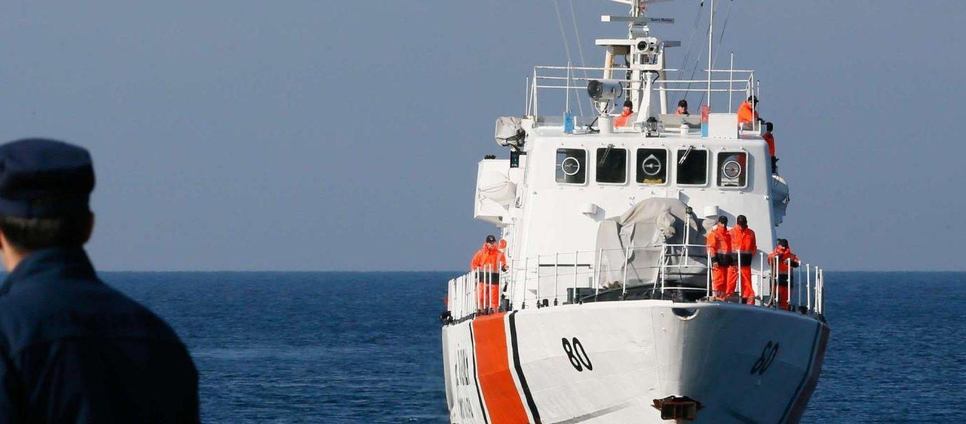 Τουρκικό σκάφος επιτέθηκε σε Έλληνες ψαράδες στα Ίμια – Προσπάθησαν να τους εμβολίσουν και τους έκοψαν τα δίχτυα!