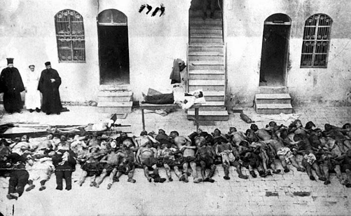 «Τι να θυμηθεί κανείς; Τα παλικάρια του Πόντου σφαγμένα, σαν αρνιά κρεμασμένα»