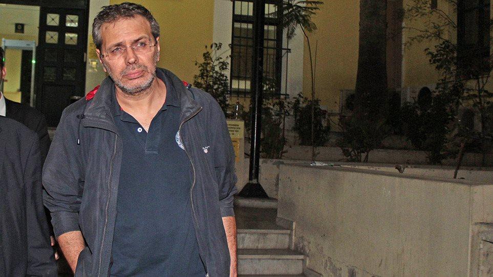 Στέφανος Χίος: «Κλειδί» η μαρτυρία του για τη δολοφονική επίθεση που δέχθηκε! Η απίστευτη ψυχραιμία του δημοσιογράφου! Καθοριστικό για τις έρευνες είναι το υλικό από τις κάμερες ασφαλείας!