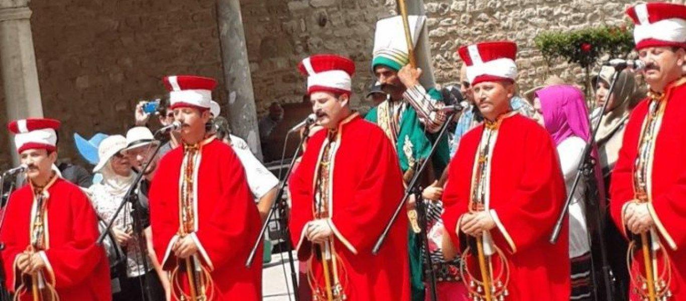 Θεσσαλονίκη: Οθωμανικά εμβατήρια μπροστά από εκκλησία! – «Καταστρέψτε τους Έλληνες» (βίντεο)