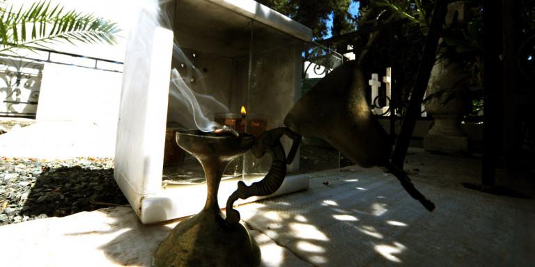 Ανατριχιαστικές στιγμές στο Ναύπλιο: Φρίκη σε νεκροταφείο -Βρέθηκε νεκρό έμβρυο εκτός τάφου! Ανάστατη η τοπική κοινωνία!