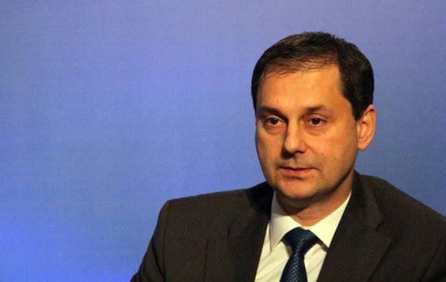 ΘΑΝ. ΜΑΥΡΙΔΗΣ: «Ο υπουργός (Χ. Θεοχάρης) που έκλεισε το μάτι στην φοροδιαφυγή!»